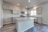 370 Riggs Spring Ave - Photo 8