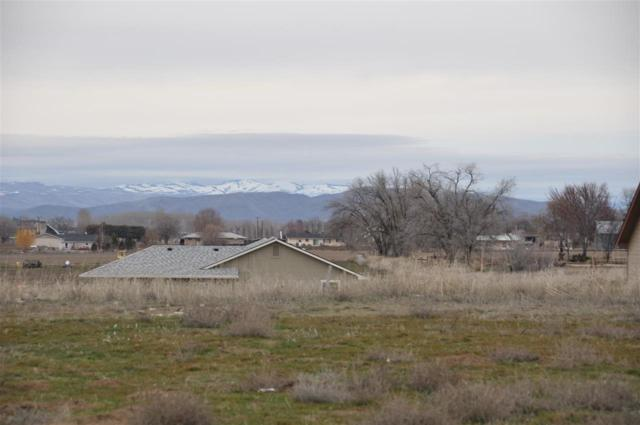 2140 Lisa Court, Payette, ID 83661 (MLS #98577727) :: Zuber Group
