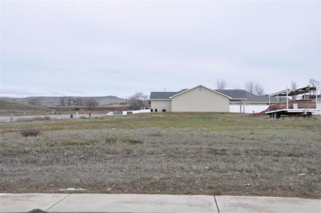 2120 Lisa Court, Payette, ID 83661 (MLS #98577728) :: Zuber Group
