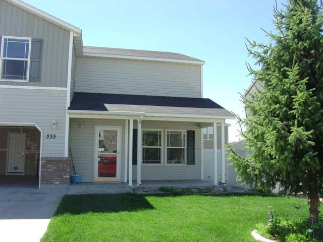 233 E Linmar, Kuna, ID 83634 (MLS #98660356) :: Front Porch Properties
