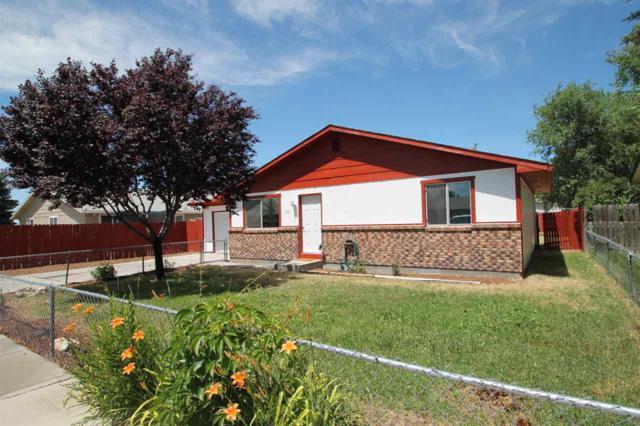 418 Parkhurst Dr, Caldwell, ID 83605 (MLS #98660474) :: Michael Ryan Real Estate