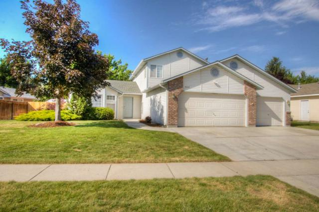 1861 E Laurelwood Drive, Eagle, ID 83616 (MLS #98660556) :: Michael Ryan Real Estate