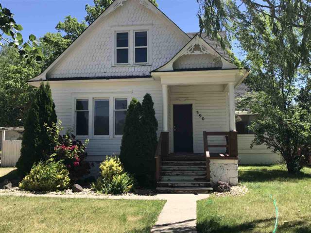 390 N 18th E., Mountain Home, ID 83647 (MLS #98660743) :: Juniper Realty Group