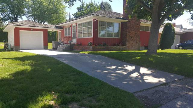 1909 Grant St, Caldwell, ID 83605 (MLS #98660992) :: We Love Boise Real Estate