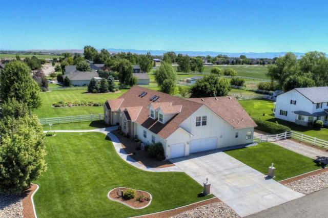 7749 S Chisum Way, Meridian, ID 83642 (MLS #98661027) :: Boise River Realty