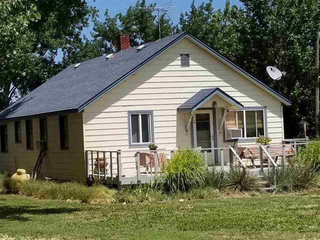 6930 Gem Road, Marsing, ID 83639 (MLS #98661816) :: Juniper Realty Group