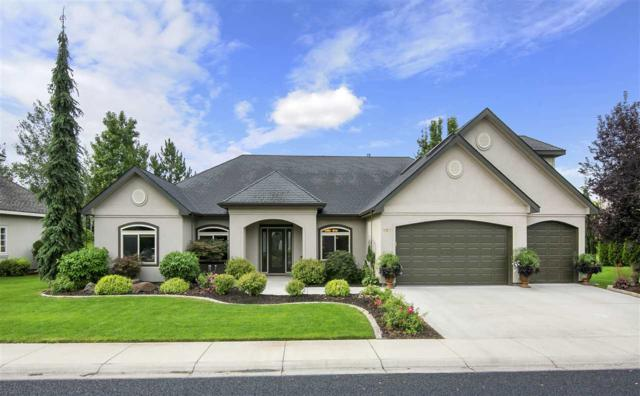 427 W Oakhampton, Eagle, ID 83616 (MLS #98667336) :: Michael Ryan Real Estate