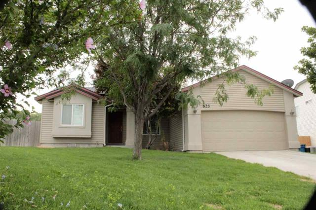 625 W Mulberry Loop, Nampa, ID 83686 (MLS #98667479) :: Front Porch Properties