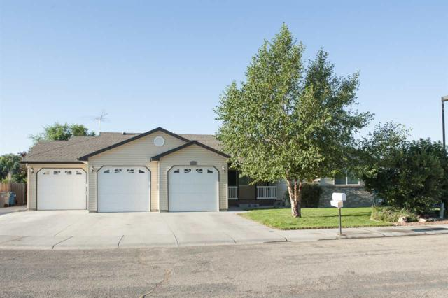 1129 NW Amanda Rae Ct., Mountain Home, ID 83647 (MLS #98667509) :: Front Porch Properties