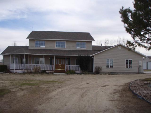 4415 E Lewis, Nampa, ID 83686 (MLS #98667593) :: The Broker Ben Group at Realty Idaho