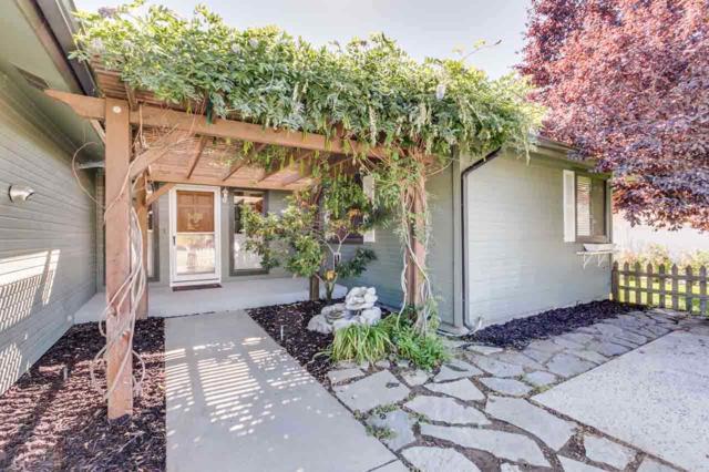 944 N Edgewood Lane, Eagle, ID 83616 (MLS #98667790) :: Boise River Realty