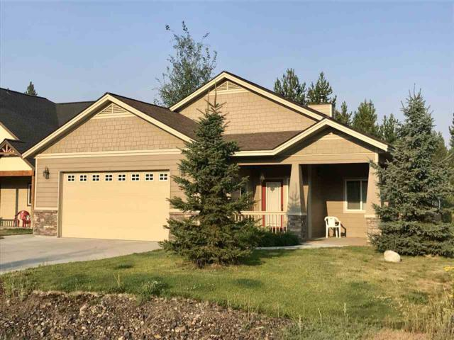 748 Deer Forest, Mccall, ID 83638 (MLS #98667941) :: Boise River Realty