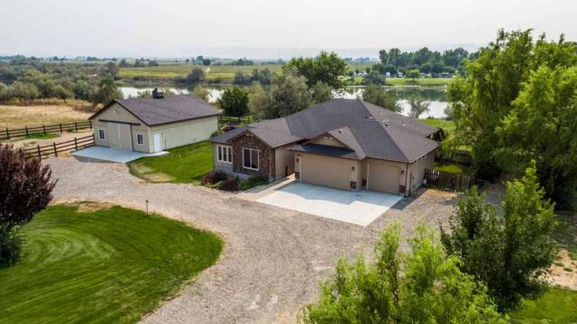 25523 Clubhouse Ct, Wilder, ID 83676 (MLS #98669370) :: Synergy Real Estate Services at Idaho Real Estate Associates