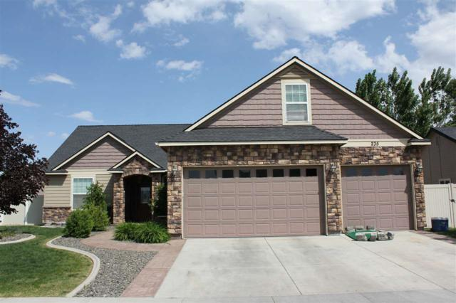 235 Magnolia, Fruitland, ID 83619 (MLS #98669540) :: Zuber Group