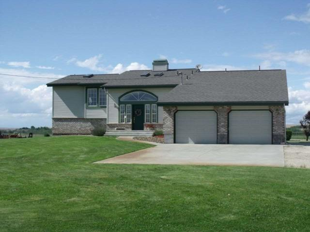 5595 Cascade Road, Emmett, ID 83617 (MLS #98670500) :: Build Idaho