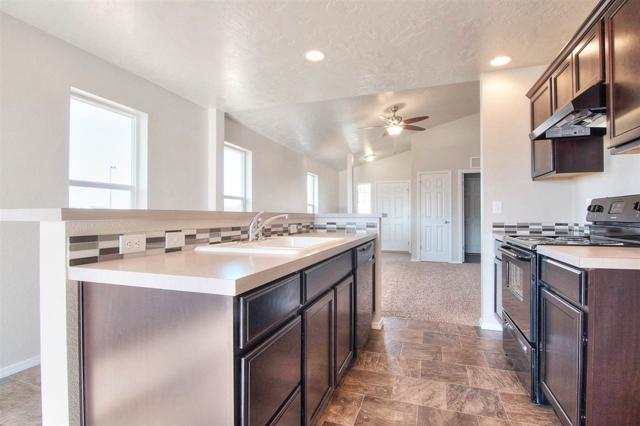 12527 Toketee St., Nampa, ID 83651 (MLS #98670903) :: Michael Ryan Real Estate