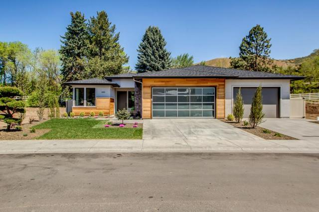 1759 W Oakhampton Dr., Eagle, ID 83616 (MLS #98671081) :: Synergy Real Estate Services at Idaho Real Estate Associates