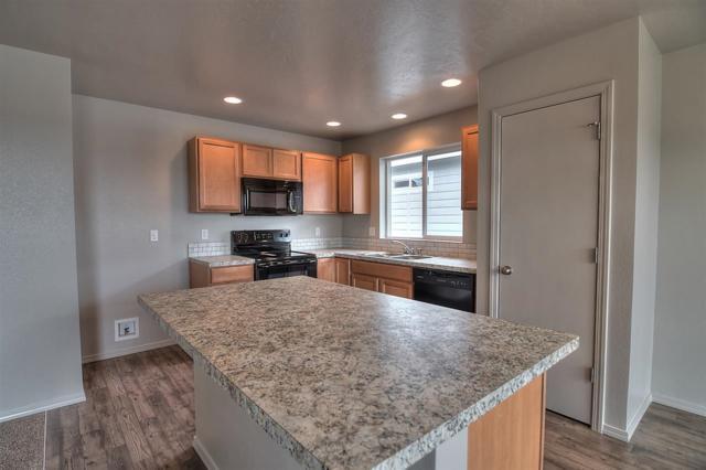 287 S Rocker Ave., Kuna, ID 83634 (MLS #98671105) :: Jon Gosche Real Estate, LLC