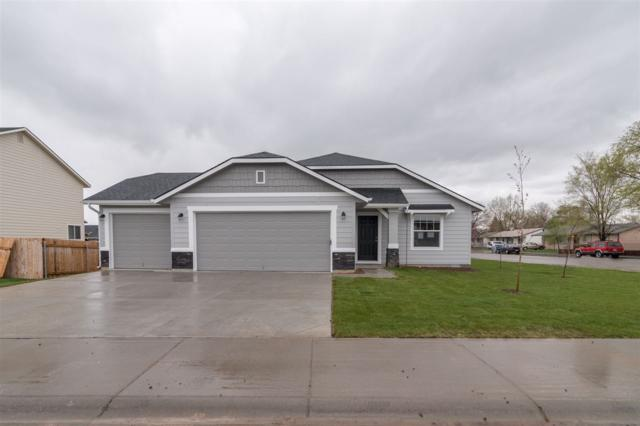 272 W Screech Owl, Kuna, ID 83634 (MLS #98671115) :: Build Idaho