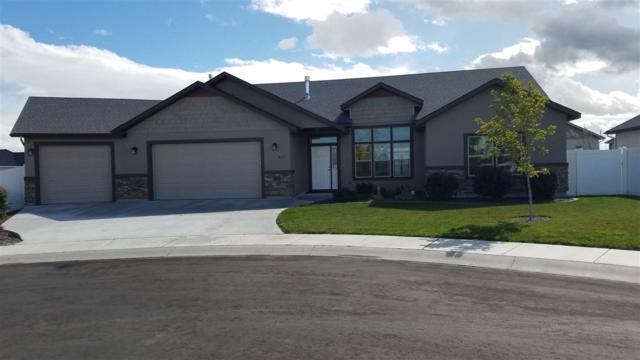 407 Falling Leaf Ln, Twin Falls, ID 83301 (MLS #98671210) :: Jon Gosche Real Estate, LLC