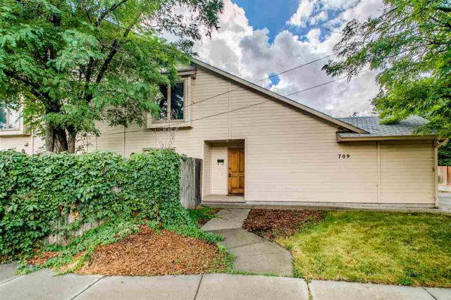 709 W Beacon St, Boise, ID 83706 (MLS #98671596) :: We Love Boise Real Estate