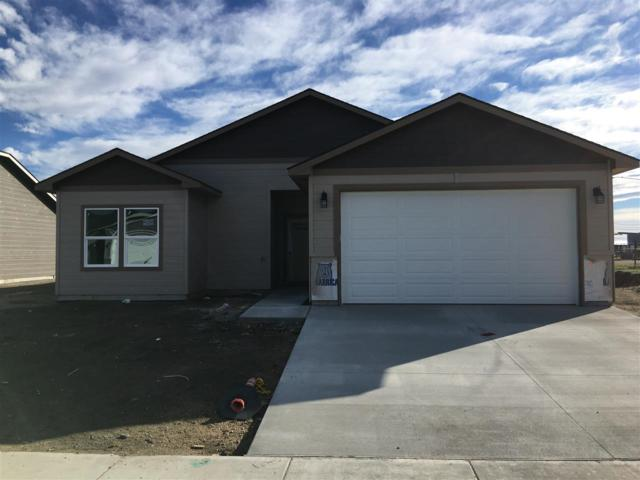 216 Union Pacific, Homedale, ID 83628 (MLS #98672697) :: Zuber Group