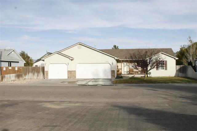 1444 SW Edwards, Mountain Home, ID 83647 (MLS #98674094) :: Juniper Realty Group