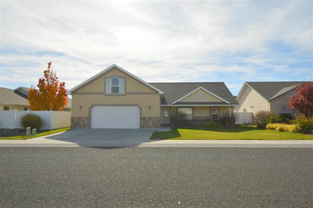 425 Canyon Crest Dr W, Twin Falls, ID 83301 (MLS #98674352) :: Jeremy Orton Real Estate Group