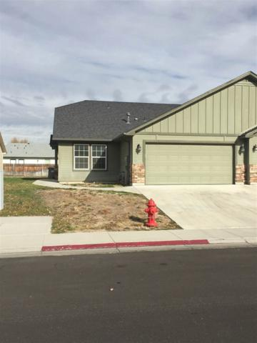 956 Tindall Ave, Mountain Home, ID 83647 (MLS #98675652) :: Boise River Realty