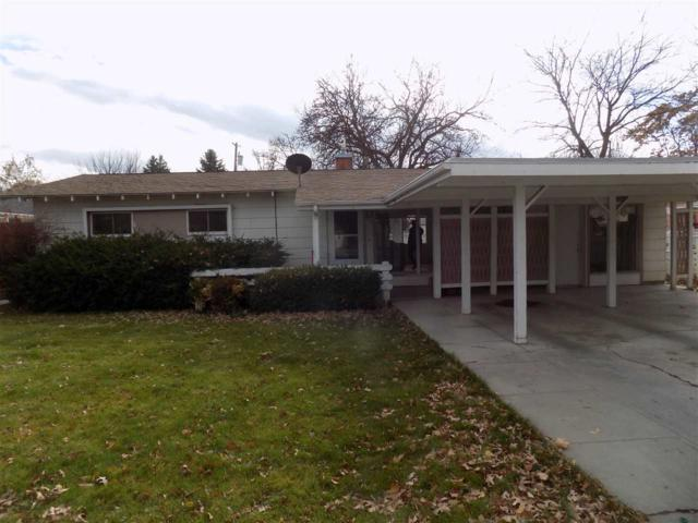 1318 E Linden St., Caldwell, ID 83605 (MLS #98676275) :: Synergy Real Estate Services at Idaho Real Estate Associates