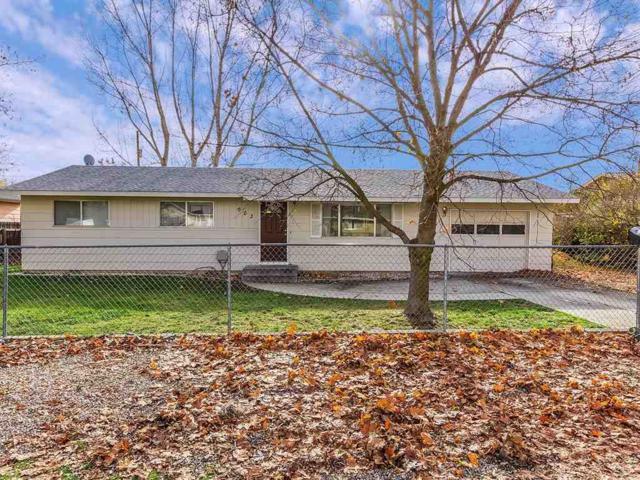 503 Peach St, Emmett, ID 83617 (MLS #98676403) :: Jon Gosche Real Estate, LLC