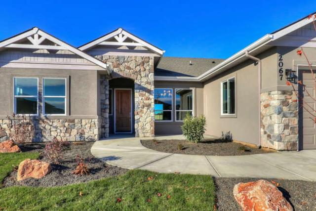 2067 N Starhaven Ave, Star, ID 83669 (MLS #98676529) :: Build Idaho