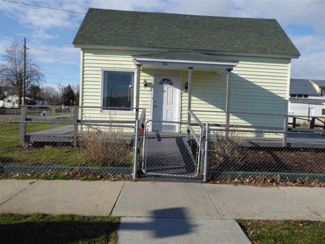 411 S Commercial Avenue, Emmett, ID 83617 (MLS #98677304) :: Jon Gosche Real Estate, LLC