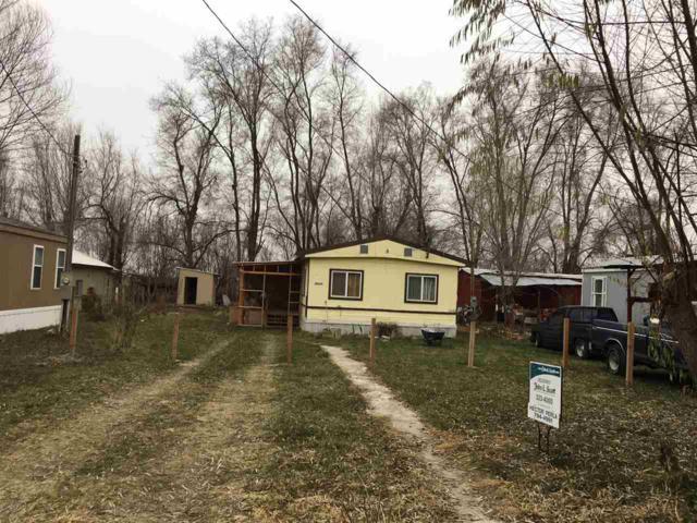 20224 Linda Lane, Caldwell, ID 83607 (MLS #98677993) :: Synergy Real Estate Services at Idaho Real Estate Associates