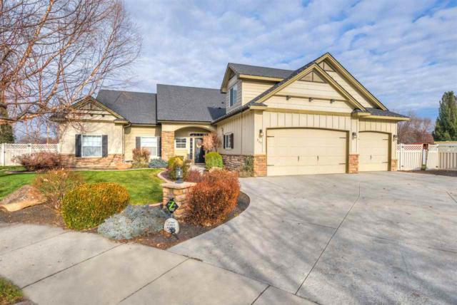 202 W Cobblestone Ct, Eagle, ID 83616 (MLS #98678060) :: Broker Ben & Co.