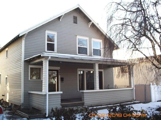 305 E Ave A, Jerome, ID 83338 (MLS #98678985) :: Zuber Group