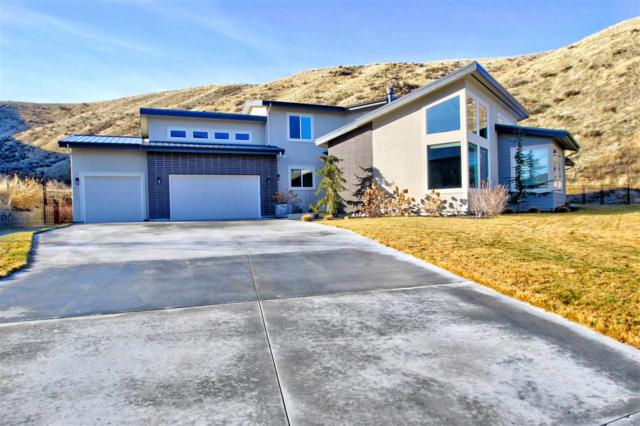 2174 W Bent Bow Court, Boise, ID 83703 (MLS #98680134) :: Boise River Realty