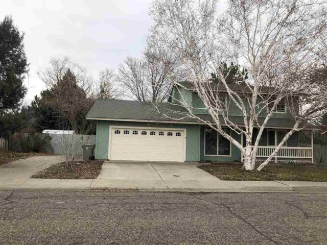 1410 N 9th E, Mountain Home, ID 83647 (MLS #98680940) :: Jon Gosche Real Estate, LLC
