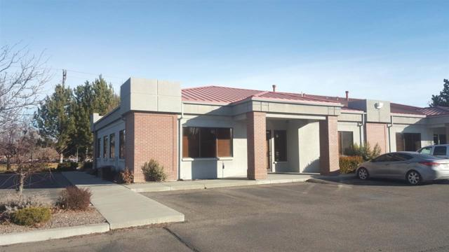 390 Falls Avenue West, Twin Falls, ID 83301 (MLS #98681581) :: Zuber Group