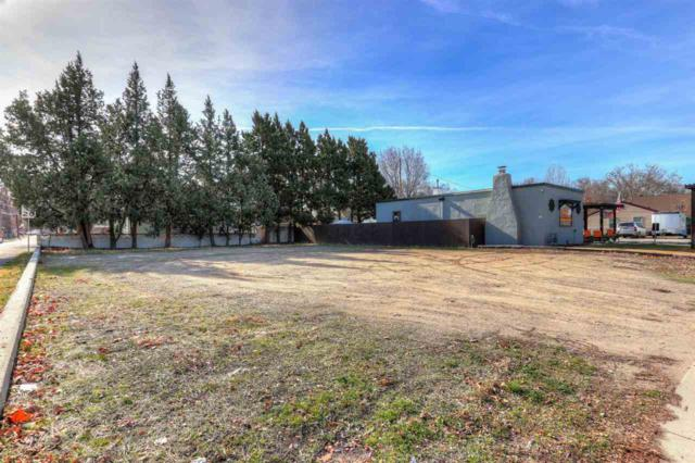 2909 W Overland Rd, Boise, ID 83705 (MLS #98681774) :: Juniper Realty Group