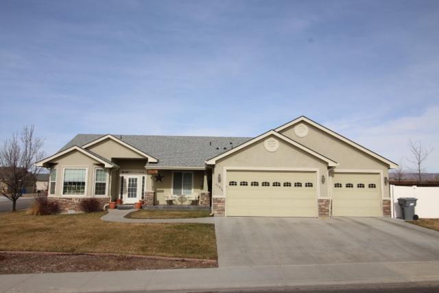 1542 NE Bedrock, Mountain Home, ID 83647 (MLS #98682430) :: Boise River Realty