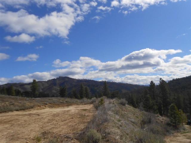 Lot 3 Clear Creek Estates # 11 Blk 2, Boise, ID 83716 (MLS #98682780) :: Boise River Realty
