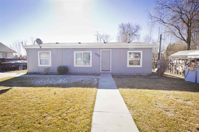 1320 Larch St, Caldwell, ID 83605 (MLS #98683286) :: Jon Gosche Real Estate, LLC