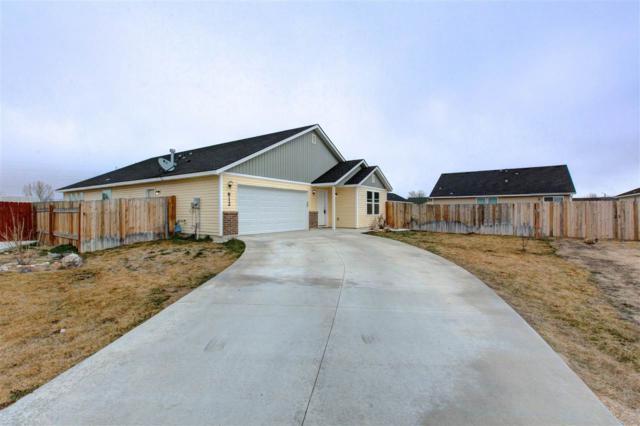 812 W Odessa Loop, Nampa, ID 83651 (MLS #98683320) :: Michael Ryan Real Estate