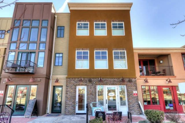 5851 W Hidden Springs Dr, Boise, ID 83714 (MLS #98683846) :: Ben Kinney Real Estate Team