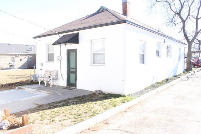 810 Main Street, Buhl, ID 83316 (MLS #98684299) :: Jon Gosche Real Estate, LLC