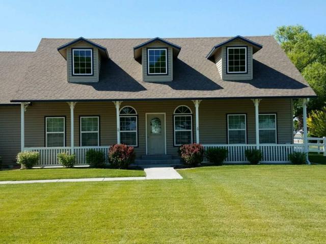 1561 SE Hamilton Road, Mountain Home, ID 83647 (MLS #98684492) :: Jon Gosche Real Estate, LLC