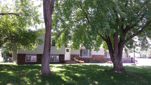 1759 NE Summerwind, Mountain Home, ID 83647 (MLS #98684925) :: Boise River Realty