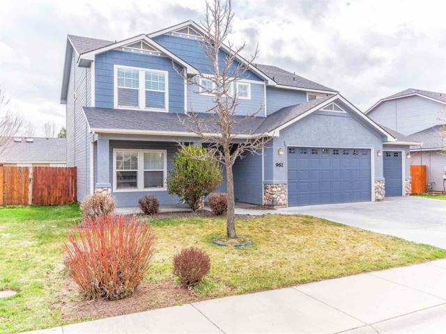 961 W White Sands Dr, Meridian, ID 83646 (MLS #98686088) :: Full Sail Real Estate