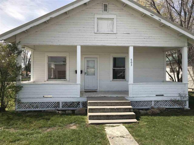 603 N Washington Ave, Emmett, ID 83617 (MLS #98686948) :: Build Idaho
